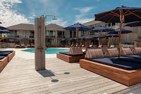 Hotel Liquidators Miami by Bravo U0027s U0027summer House U0027 Is Already Pissing Off Montauk Residents