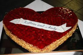 hochzeitstorte erdbeeren bäckerei marr steinbach hallenberg viernau thüringen