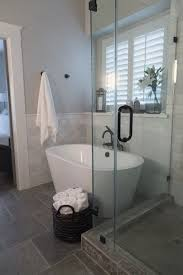 Decorating Ideas For Small Bathrooms Best 25 Freestanding Bathtub Ideas On Pinterest Freestanding