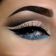 the 25 best ideas about blue eye makeup on makeup for blue eyes eyeshadow for blue eyes and eye shadows for blue eyes