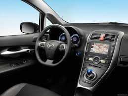 toyota 2011 toyota auris hsd 2011 picture 60 of 105