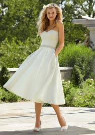 a linie tragerlos kurz mini satin brautkleid mit ups p80 13 best kurz brautkleider images on wedding dressses