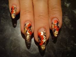 red poppies with gold foil background nail art design nail art