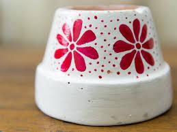 decoration avec des pots en terre cuite comment peindre des pots en terre cuite 31 étapes