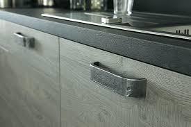 poignees meubles cuisine poignee porte cuisine design porte 11 poignee meuble cuisine comment