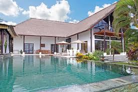 luxury beachfront villa tri murti bali bungalow rent