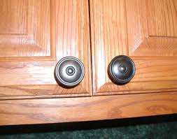 Knobs Or Pulls For Kitchen Cabinets Kitchen Cabinet Knob Template Best Home Furniture Decoration