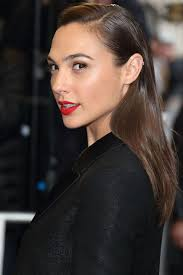 pictures of miss robbie many hairstyles the best new hair colors for spring pretty hair color gal gadot