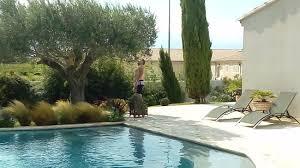 chambre d hote chateauneuf du pape voila la merveilleuse piscine ou vous pourrez vous relaxer photo