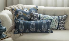 picture throw pillows for couch white couch with blue throw