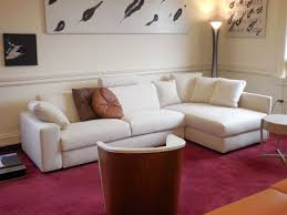 White Sofa Ideas by Best 25 Maroon Living Rooms Ideas On Pinterest Maroon Room