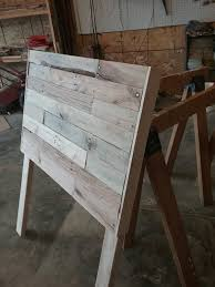 Pallet Wood Headboard Size Pallet Wood Headboard 1001 Pallets