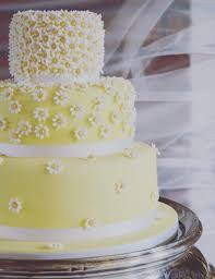 rustic and luxury wedding cakes made in tavistock devon boo to a