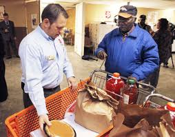 salvation army gives thanksgiving dinners to oklahoma seniors