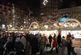 it s time mistletoe and rhine visit dusseldorf s