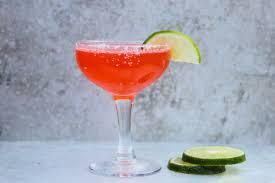 strawberry margarita sparkling strawberry margarita beautiful booze