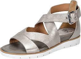 Most Comfortable Flip Flops For Walking 13 Comfortable Walking Sandals That Don U0027t Sacrifice Style