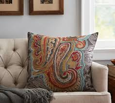 Pottery Barn Throw Fall Decor Is All About Blending Styles The Columbian