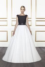 Elegant Wedding Gowns Simple And Elegant Wedding Dresses Wedding Inspiration