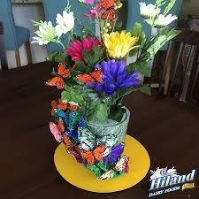 Kentucky Derby Flowers - diy kentucky derby centerpiece hat the hiland home