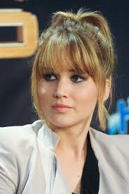 nine years of jennifer lawrence u0027s changing hairstyles savoir flair