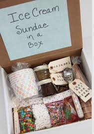 kleine hochzeitsgeschenke geschenkideen fuer beste freundin eis selber machen geschenk box