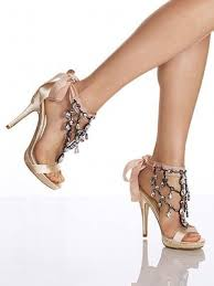Comfortable High Heels For Wedding Who Has Comfortable Wedding Shoes Heels Weddings Beauty And