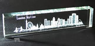 Crystal Souvenirs Large Laser Art Crystal London Skyline Paperweight