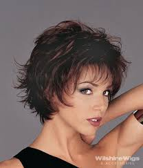 easy medium hairstyles for moms on the go love the choppy layered look easy to style go cabello y