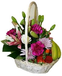 fruit and flower basket the most classic fruit flower basket bloomin boxes flower gift boxes
