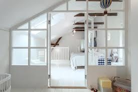 chambre enfilade chambre en enfilade touches color es dans un duplex tout blanc ccy