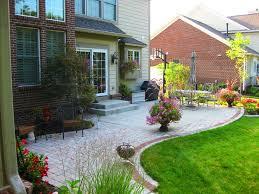 Concrete Backyard Patio by Best 25 Concrete Slab Foundation Ideas Only On Pinterest