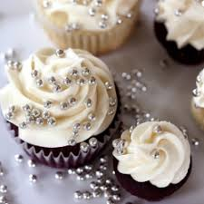 velvet cupcakes with cheese frosting tastespotting