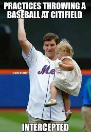 Eli Manning Memes - nfl memes on twitter eli manning s got problems in baseball too