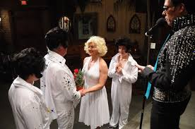 elvis wedding in vegas elvis and marilyn vegas weddingviva las vegas weddings viva