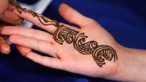 never again u0027 mum u0027s henna tattoo warning after son u0027s reaction