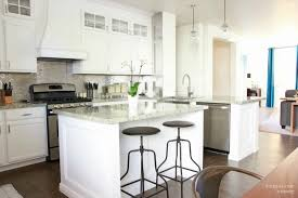 Backsplash Kitchen Glass Tile Kitchen Style Chic White Kitchens With White Cabinets And
