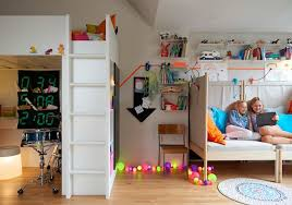 decoration chambre fille ikea idées chambre enfant ikea union de meubles pratiques et déco colorée