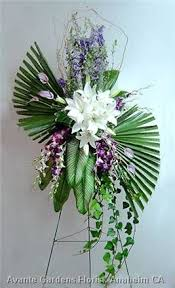 floral arrangements for funeral 1222 best sympathy flowers images on funeral flowers