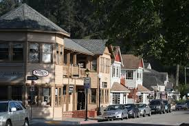 Moonstone Cottages Cambria Ca by Holiday Shopping In Cambria Cambria Inns Collectioncambria Inns