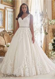 brautkleider fã r mollige gã nstig best 25 bling wedding dresses ideas on bling