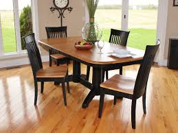 Amish Kitchen Table by Split Rock Amish Oak Table With 4 Carlisle Side Chairs At Hom