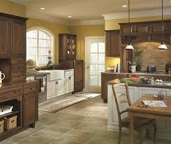 Staining Kitchen Cabinets White White Shaker Style Kitchen Cabinets Diamond Cabinetry