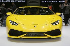 Lamborghini Huracan Back View - the lamborghini huracan 18 things you didn u0027t know motor trend
