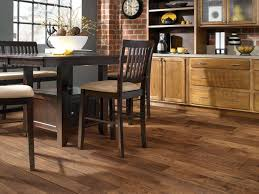 laminate kitchen flooring ideas 31 best hello hardwood floors images on hardwood