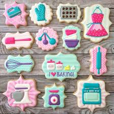 decorated cookies best 25 decorated cookies ideas on royal icing