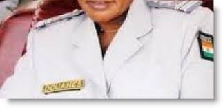 bureau de douane arrestation du chef de bureau de douane de gaya tamtaminfo