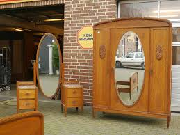 schlafzimmer jugendstil schlafzimmer zimmer deco um 1920 bett konsolen schrank