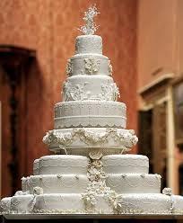 hochzeitstorte leipzig riesige weiße traum hochzeitstorte wedding deluxe ihr