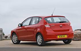 hyundai small car hyundai i30 hatchback 2007 2011 driving u0026 performance parkers